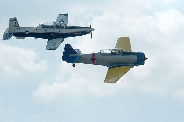 U S Navy And Marine Corps Fighters Wwii Aircraft Fact William Green Gordon Swanborough 9780668041218
