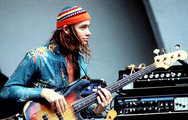 Who is the best electric bass guitar player of all time? - Quora