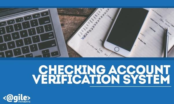 Que peut-on faire pour vérifier les comptes avant les paiements ACH récurrents?