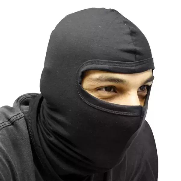 Having an intimidating faceless mask