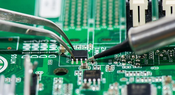 What is PCB in electronics? - Quora