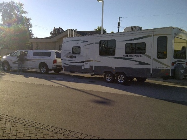 Truck Vs Suv >> Would You Prefer A Pickup Truck Or An Suv With A Trailer