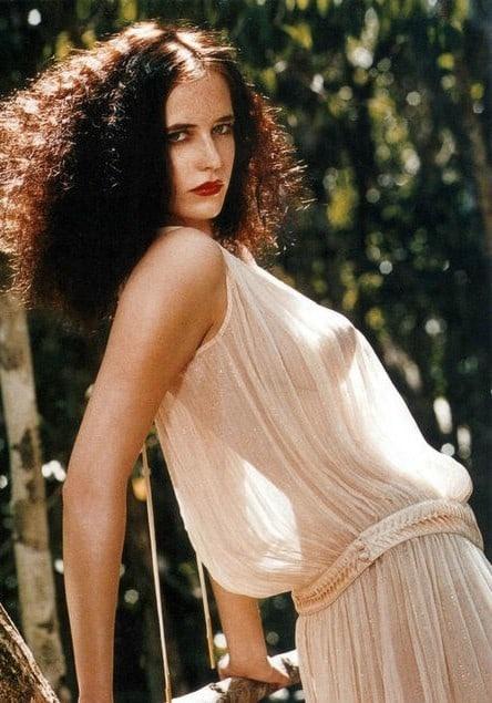 What are 10 glamorous photos of Eva Green? - Quora