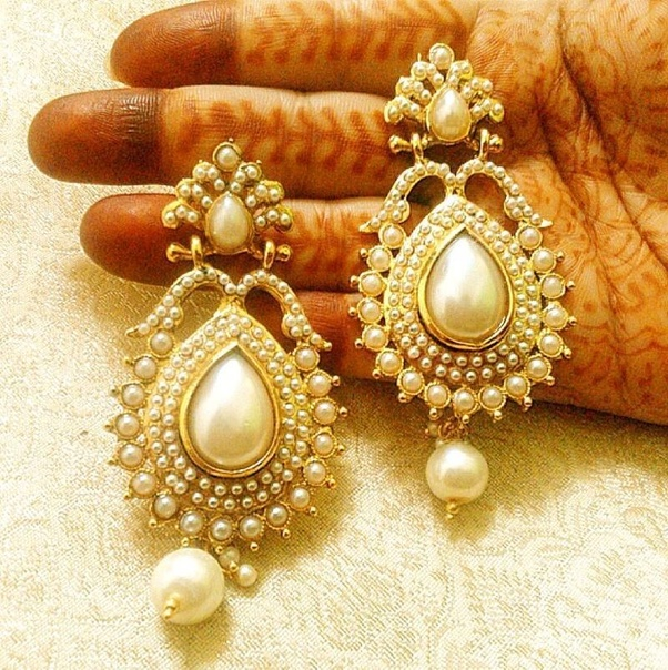 How to choose nice pearl earrings design
