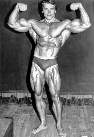 Bodybuilder bangs jimmy s booty