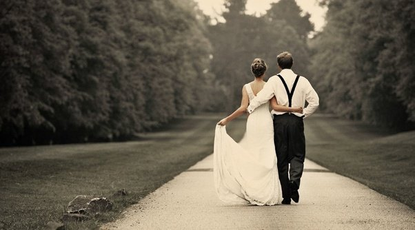 Only A Professional Wedding Photographer Can Capture The Moments Of Your Beautifully Through Camera There Are Many