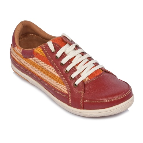 Their are many Websites in India for vans shoes. 1. flipkart 2. myntra 697f0a824
