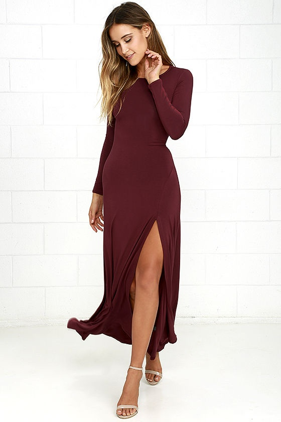 8d63660c74b Perfect combo of burgundy dress and gold heels for dinner or disc party.
