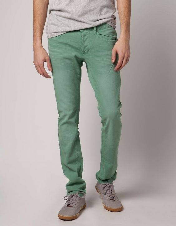 What is the perfect combination of green pant?