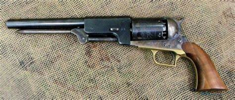 What does colt mean on a gun? Does it mean that it's old or