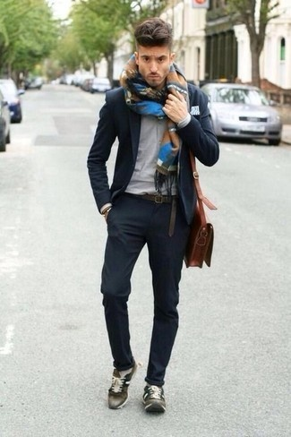 4f17f9bfac6 What color pants and shirt match with olive green shoes? - Quora