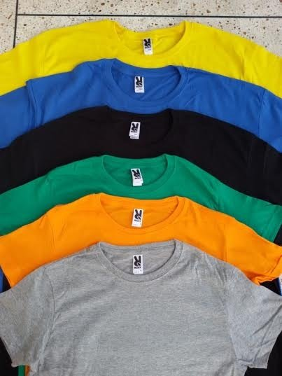 From where can we get bulk t-shirts for men? - Quora
