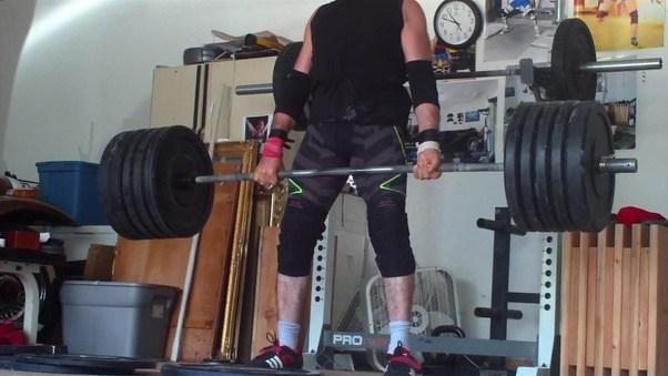 Man looses asshole lifting