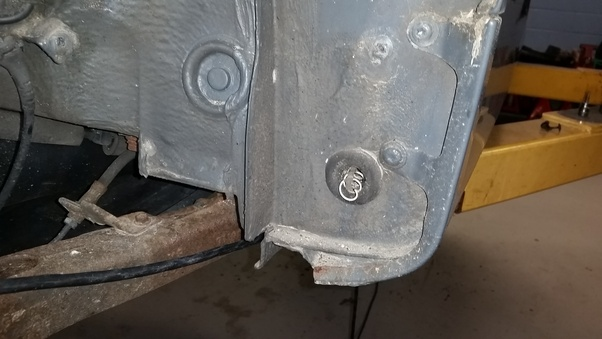 Rear Gl Is Known To Have Issues Coming Apart From The Top Due Glue Aging Both Are Most Owners Do Not Know About Clean Drains