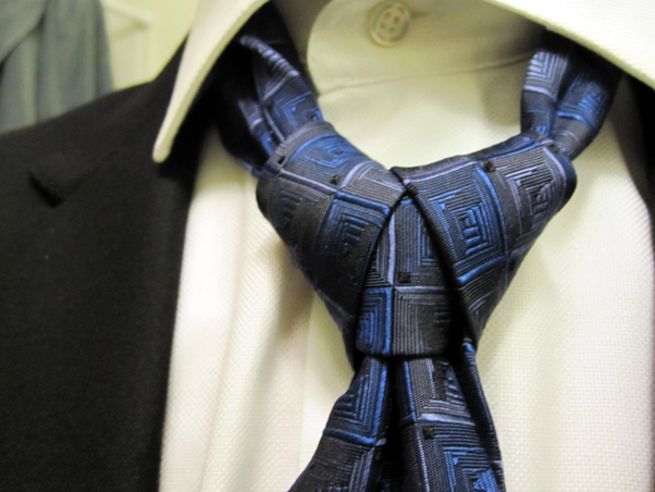 What are some unique ways to tie a tie quora this tie is called the ediety knot or the merovingian knot merovingian being the character in the matrix trilogy that sports this particular knot ccuart Image collections