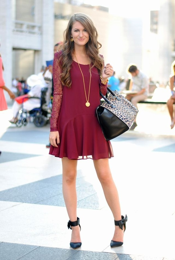 What color shoes do I wear with a Maroon dress? - Quora