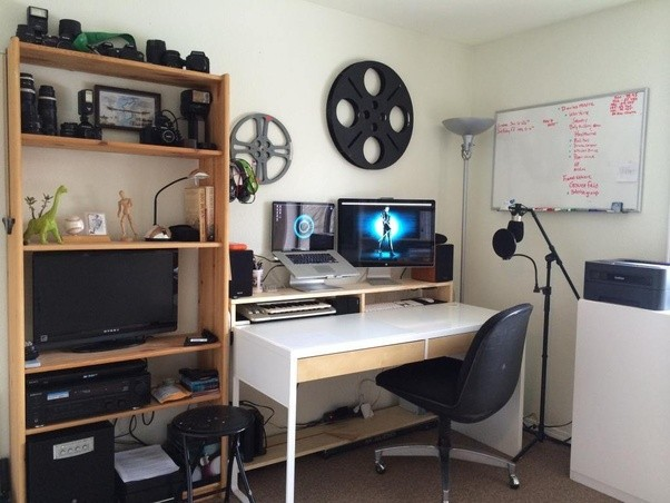 Are Ikea Micke Desks wide enough for a startup? - Quora