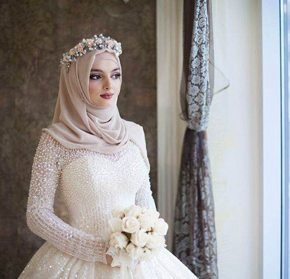 Is It Necessary To Wear Hijab On Your Own Wedding?