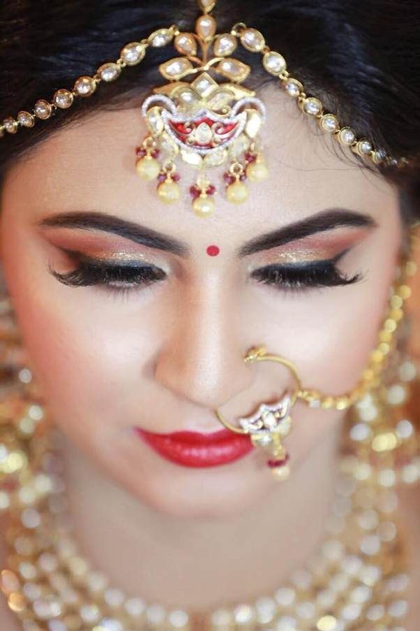 Therefore, you are highly suggested that you should choose a Bridal makeup style that should thoroughly match with your mehndi design. Some of the best ...