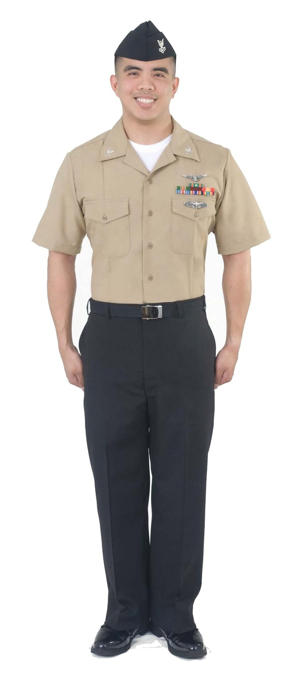 Do the Marine Corps have a uniform similar to the Navy's