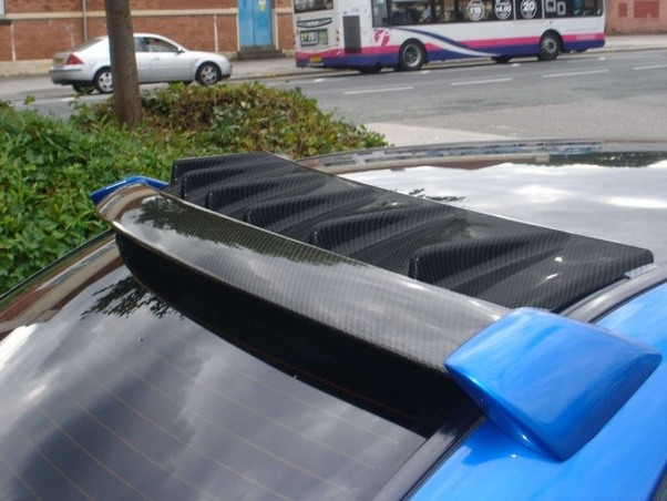 What Is The Purpose Of The Fin On The Roof Of Cars Quora