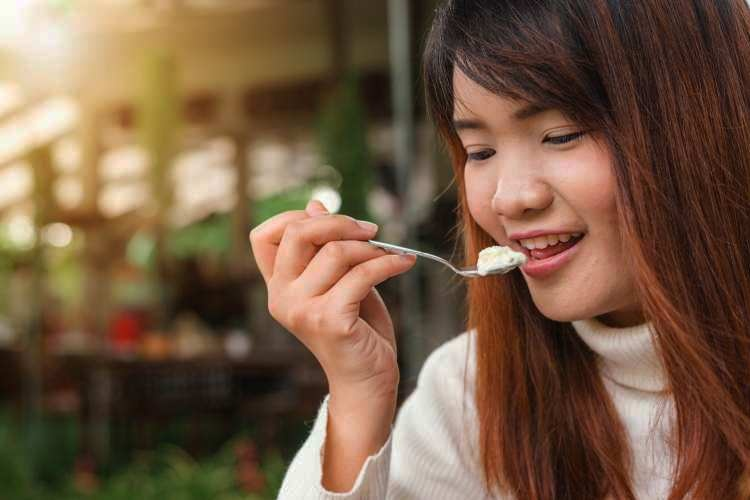 9 Impressive health benefits of curd or yogurt eating daily