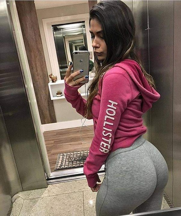 17 year old girl dating a
