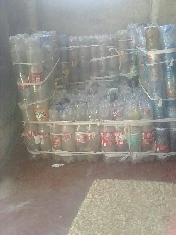 Poltrona Bottiglie Di Plastica.Cosa Posso Fare Con Un Bel Po Di Bottiglie Di Plastica Quora