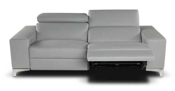 Rom Belgium Also Manufactures Amazing Leather Sofas With Fascinating Designs Their Advantage Is That They Are Available In Diffe Colors And Custom