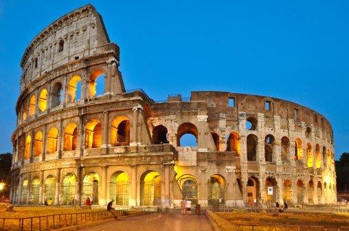 Who Built The Roman Colosseum?
