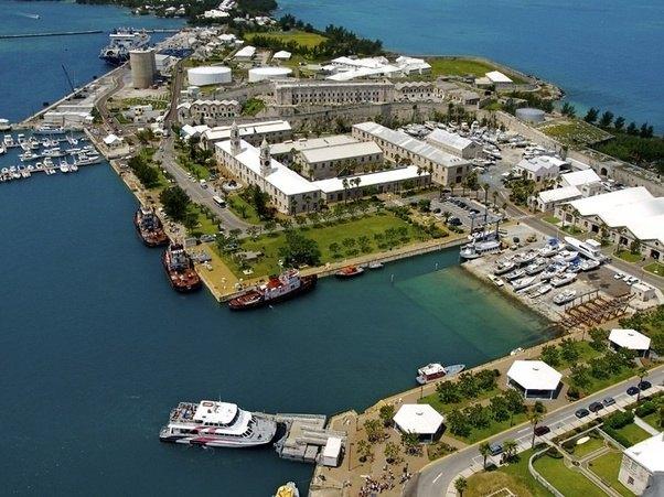 Rhode Island College Closed