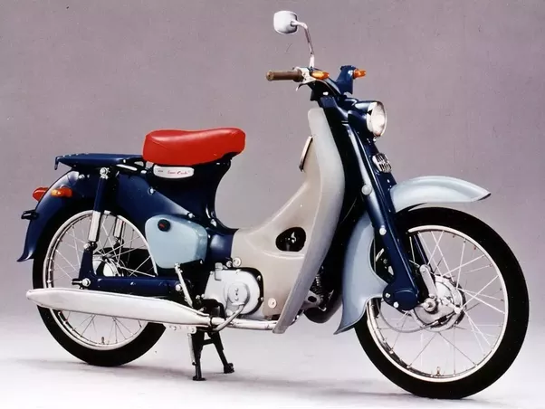What are the major riding differences between Japanese and