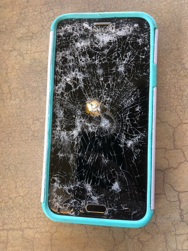 Found an iPhone your it and tech mates