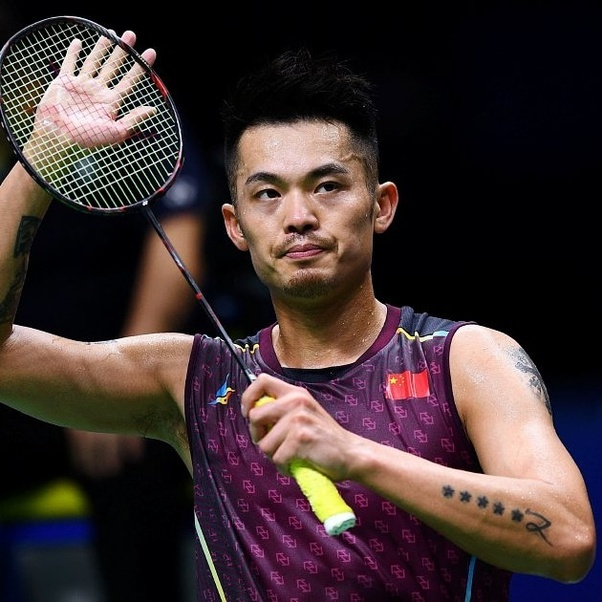 What racket did Lin Dan use in 2018? - Quora
