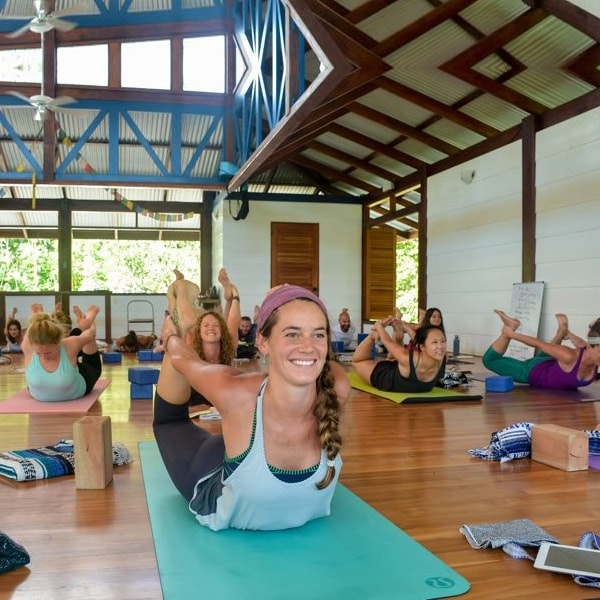 Which Yoga Institute Provides The Best Yoga Teacher