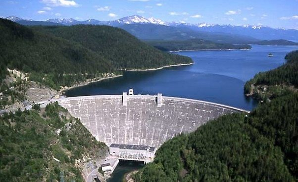 What Is The Difference Between A Barrage And A Dam Quora