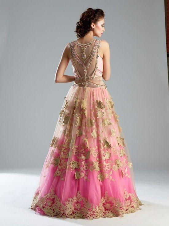 What should I wear in my brother\'s wedding in summer (42° C)? - Quora
