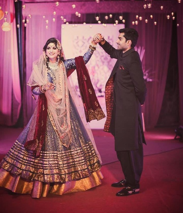 Why Do Brides Wear Garters On Their Wedding Day: Can Some One Explain Different Ways Of Draping A Dupatta