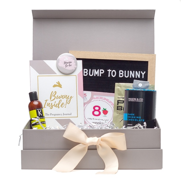 cd92fd1980 Pregnancy Gift Box - Trimester 1 - 'No Mo Sickness' contains a PISIX nausea  band for morning sickness, Pregnancy Journal to document the journey to ...