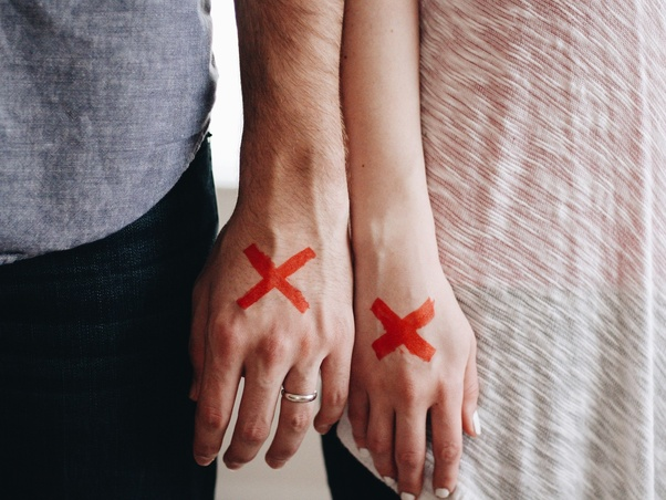 What are the signs your partner doesn't love you anymore