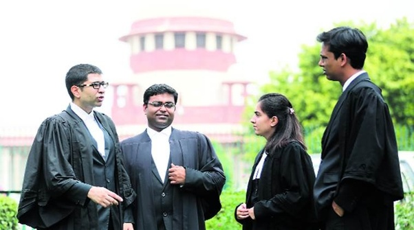 How much money can a lawyer earn in India? - Quora