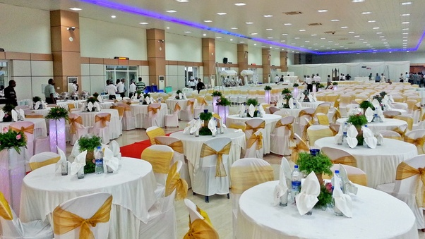 How to choose a Banquet Hall for Wedding - Quora
