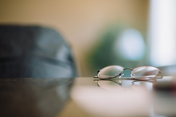 Which company makes better progressive eye lenses, Nikon or