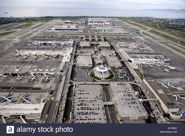 Why is lax such a bad airport quora for Lax parking closest to airport