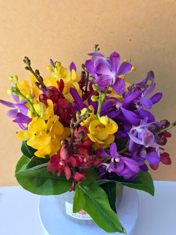Can I gift someone a flower bouquet a few days before their ...