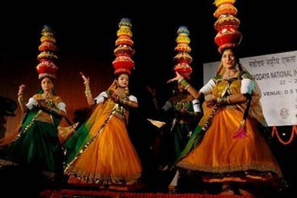 What are the traditional dances of Rajasthan? - Quora