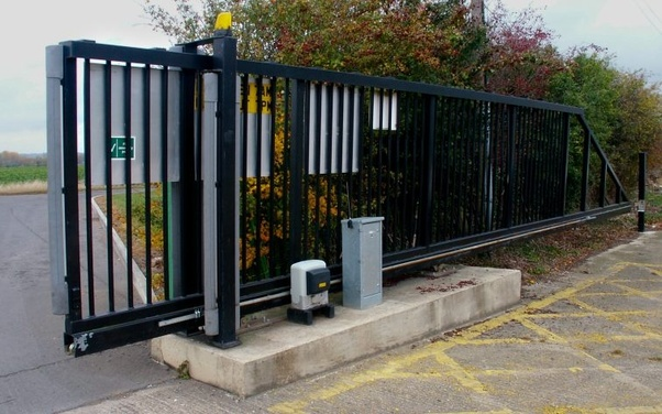 How does an electric gate work? - Quora