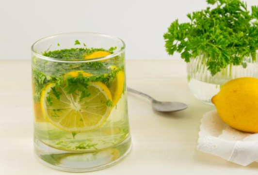 Does lemon parsley water help with belly fat? - Quora