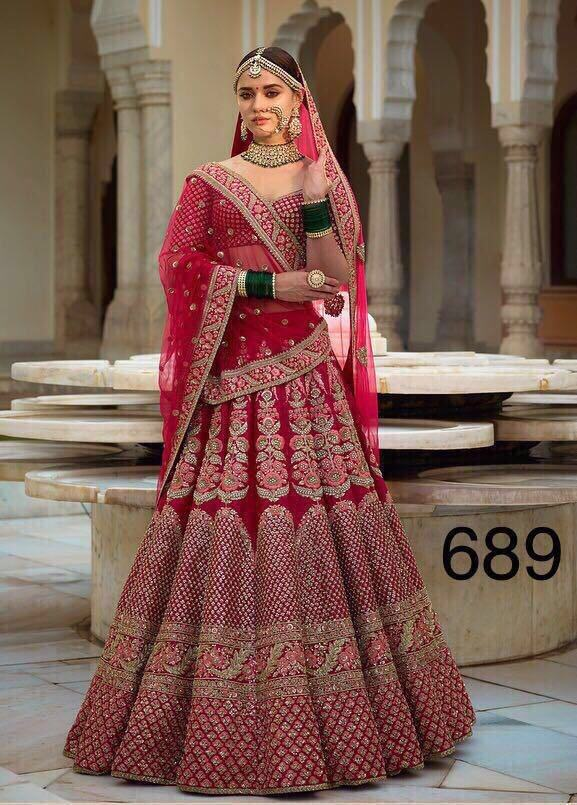 99f2ba6a22 'Feather Touch Fashion' We are Supplier of all kind of Lehenga, saree,  dress, Bollywood replica and kurties at wholesale rates.