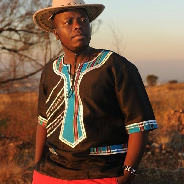 What Are Some Cultural Dresses Of South Africa?